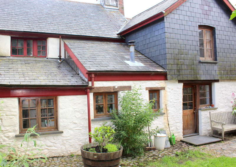 4 Bedrooms Cottage House for sale in South Brent, Devon