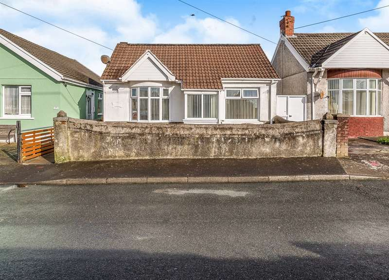 3 Bedrooms Detached Bungalow for sale in Twyniago, Pontarddulais, Swansea
