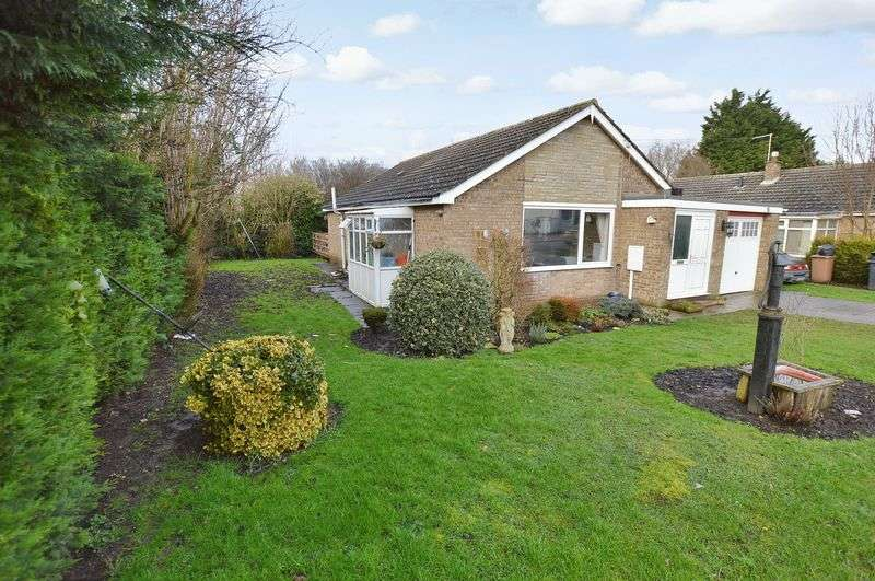 3 Bedrooms Detached Bungalow for sale in 16 Church Road, Martin Dales