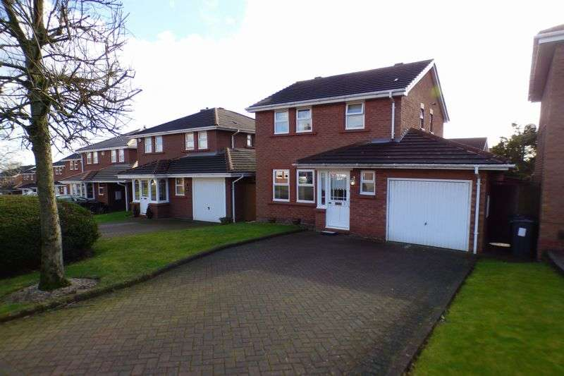 3 Bedrooms Detached House for sale in Lawnswood, Walmley, Sutton Coldfield