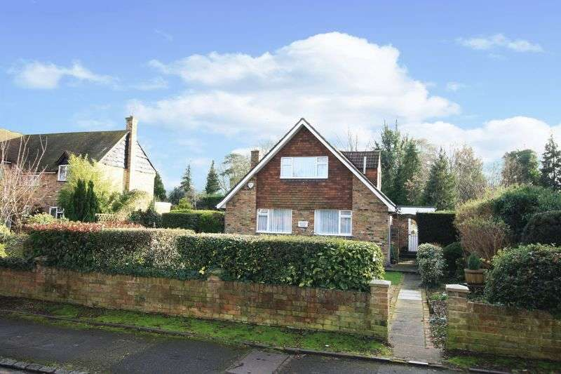 4 Bedrooms Detached House for sale in Islet Road, Maidenhead