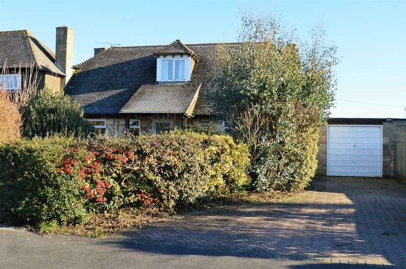 3 Bedrooms Detached House for sale in East Stour