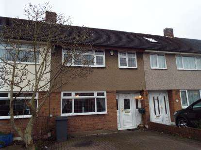 3 Bedrooms Terraced House for sale in Hornchurch
