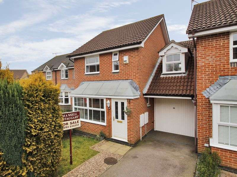 3 Bedrooms Semi Detached House for sale in Walker Road, Maidenbower, Crawley, West Sussex