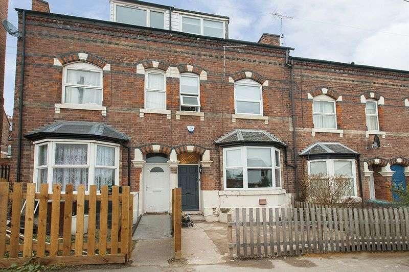 4 Bedrooms Semi Detached House for rent in Walter Street, Nottingham