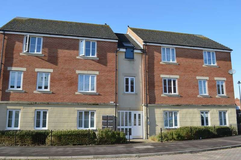 2 Bedrooms Flat for sale in Otter Springs, Gillingham
