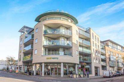 1 Bedroom Flat for sale in North Contemporis, Merchants Road, Clifton
