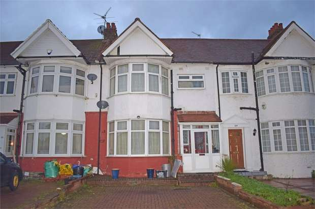 3 Bedrooms Terraced House for sale in Vaughan Gardens, Ilford, Essex
