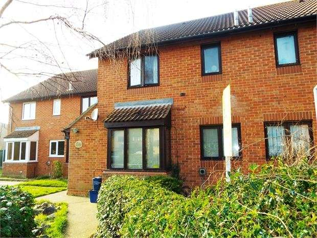 1 Bedroom Terraced House for sale in Bray Court, Shoeburyness, SS3 8TZ