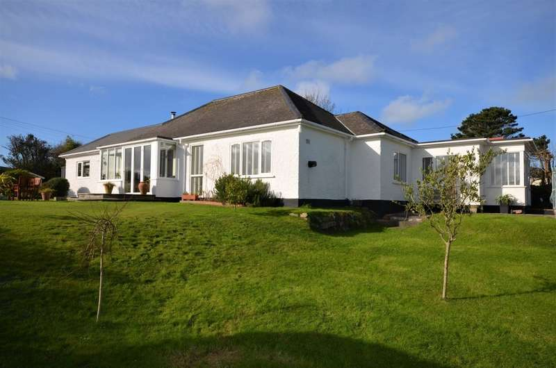 4 Bedrooms Detached Bungalow for sale in Goonvrea Road, St. Agnes, Cornwall