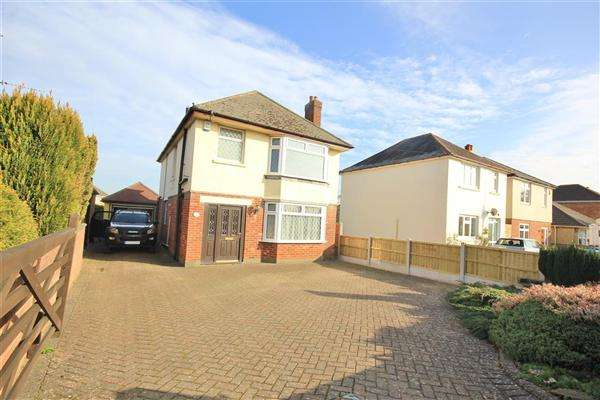 3 Bedrooms Detached House for sale in Rosemary Road, Poole