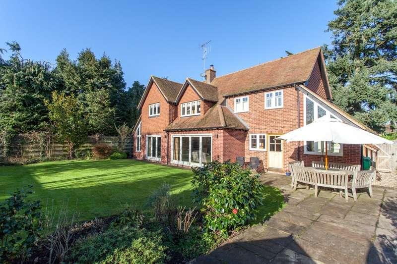 5 Bedrooms Detached House for sale in Greys Road, Henley-On-Thames, RG9