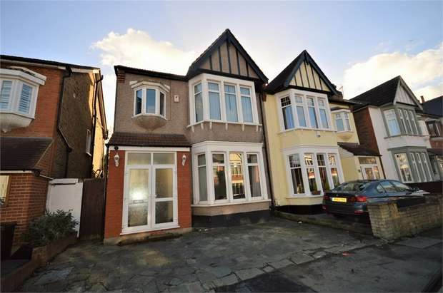 5 Bedrooms Semi Detached House for sale in Woodlands Avenue, Wanstead, London