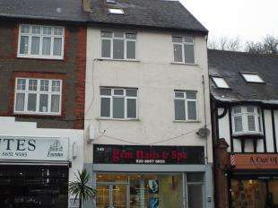 2 Bedrooms Flat for sale in Addington Road, South Croydon