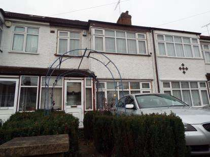 3 Bedrooms Terraced House for sale in St. Pauls Avenue, Harrow