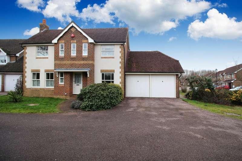 3 Bedrooms Detached House for sale in Durfold Road, Horsham
