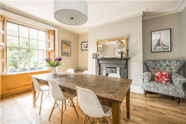 3 Bedrooms Terraced House for sale in Worcester Terrace, BATH, Somerset, BA1 6PY