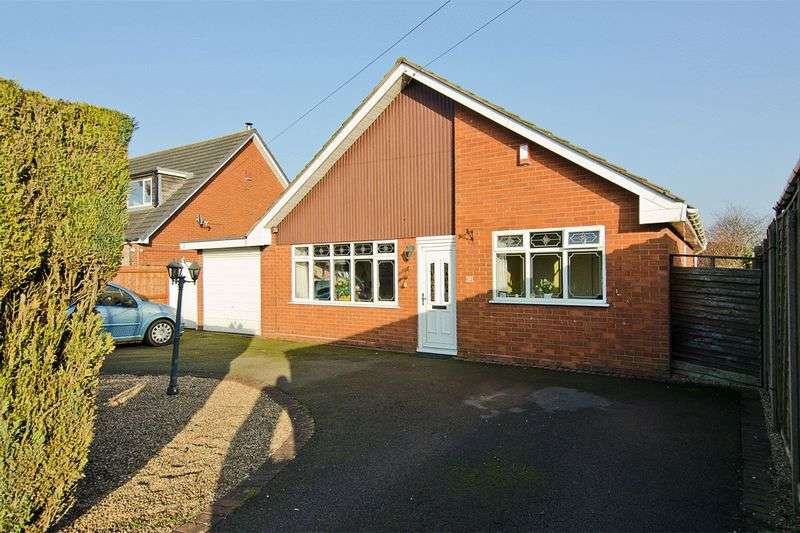 3 Bedrooms Detached Bungalow for sale in Furst Street, Brownhills, Walsall