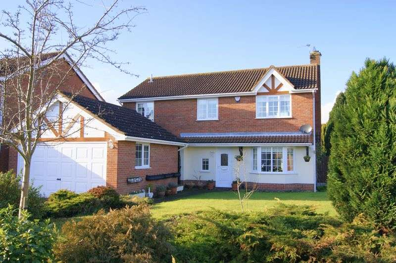 4 Bedrooms Detached House for sale in St Andrews, Grantham