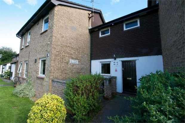 1 Bedroom Studio Flat for sale in Handford Way, Bristol, Avon, BS30 9XF
