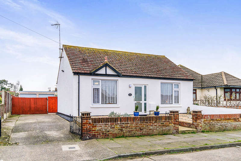 2 Bedrooms Detached Bungalow for sale in St. James Avenue, Ramsgate, CT12