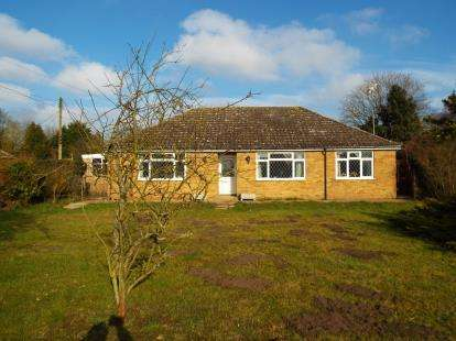 4 Bedrooms Bungalow for sale in Brookville, Methwold, Norfolk