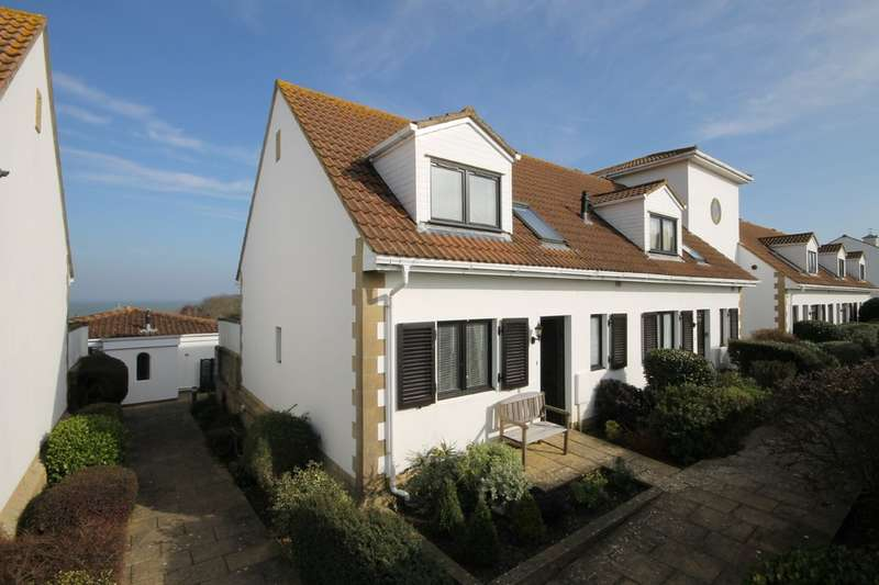 3 Bedrooms End Of Terrace House for sale in Yarmouth