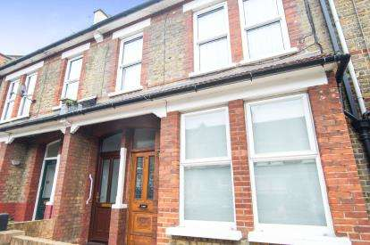 2 Bedrooms Maisonette Flat for sale in St. John's Road, South Tottenham, Haringey, London