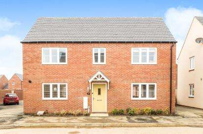4 Bedrooms Detached House for sale in Swift Drive, Banbury, Oxfordshire, Oxon