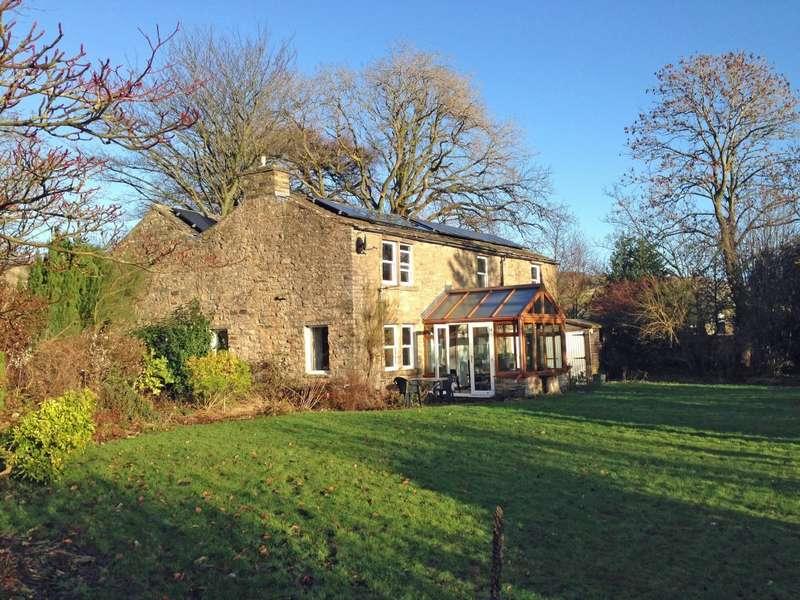 3 Bedrooms Detached House for sale in Dog Kennel Cottage, Askrigg, Leyburn, DL8 3HZ