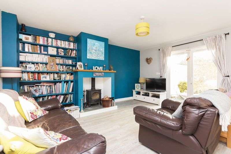 3 Bedrooms Semi Detached House for sale in The Bishops Mews, Fore Street, Chudleigh