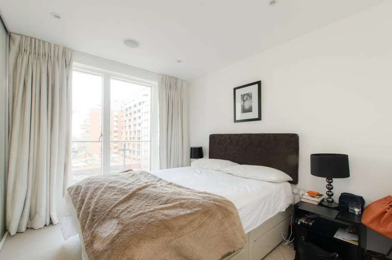 3 Bedrooms Flat for sale in Voysey Square, Bow, E3