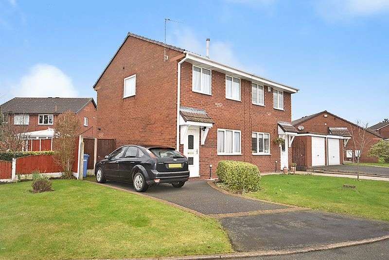 2 Bedrooms Property for sale in Shelton Close, Widnes