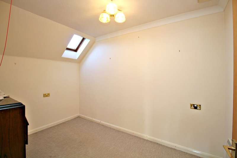2 Bedrooms Retirement Property for sale in Harrison Court, Hitchin, SG4