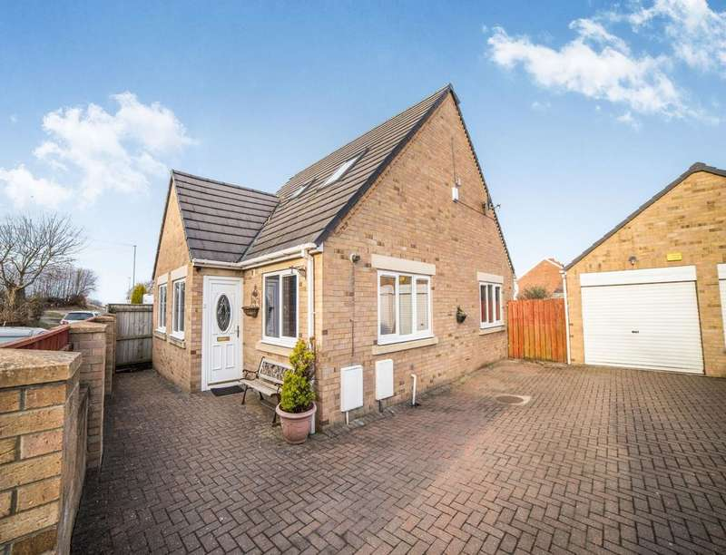 3 Bedrooms Detached House for sale in Dyke Heads Lane, Greenside, Ryton, NE40