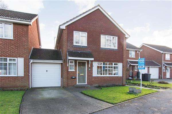 3 Bedrooms Detached House for sale in Lichfield Avenue, Canterbury