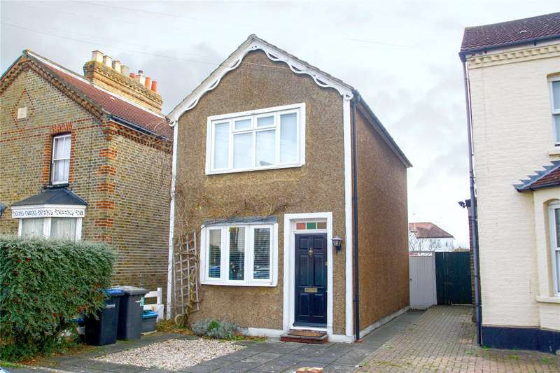 2 Bedrooms Detached House for sale in Claremont Road, Staines-upon-Thames, Surrey, TW18