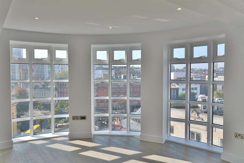 2 Bedrooms Apartment Flat for sale in Bristol & West House, Bournemouth