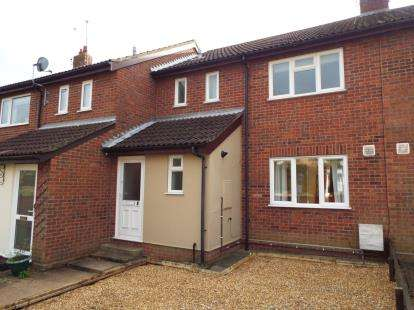 3 Bedrooms Terraced House for sale in North Cove, Beccles, Suffolk