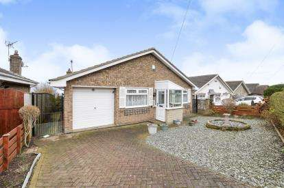 3 Bedrooms Bungalow for sale in Canterbury Road, Brotton, Saltburn-by-the-Sea, North Yorkshire
