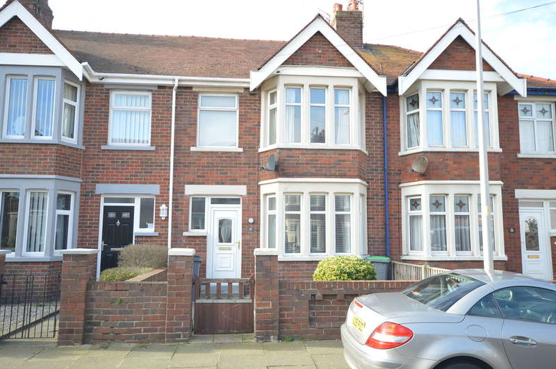 3 Bedrooms Terraced House for sale in Southworth Avenue, South Shore
