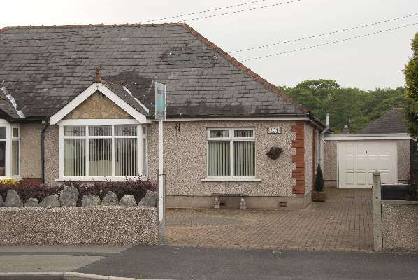 2 Bedrooms Semi Detached Bungalow for sale in Bare Lane, Bare, Morecambe, LA4 6RR