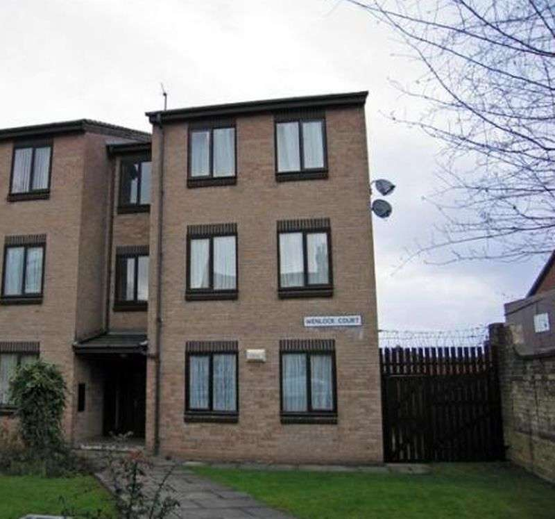 Property for sale in Anlaby Road, Hull