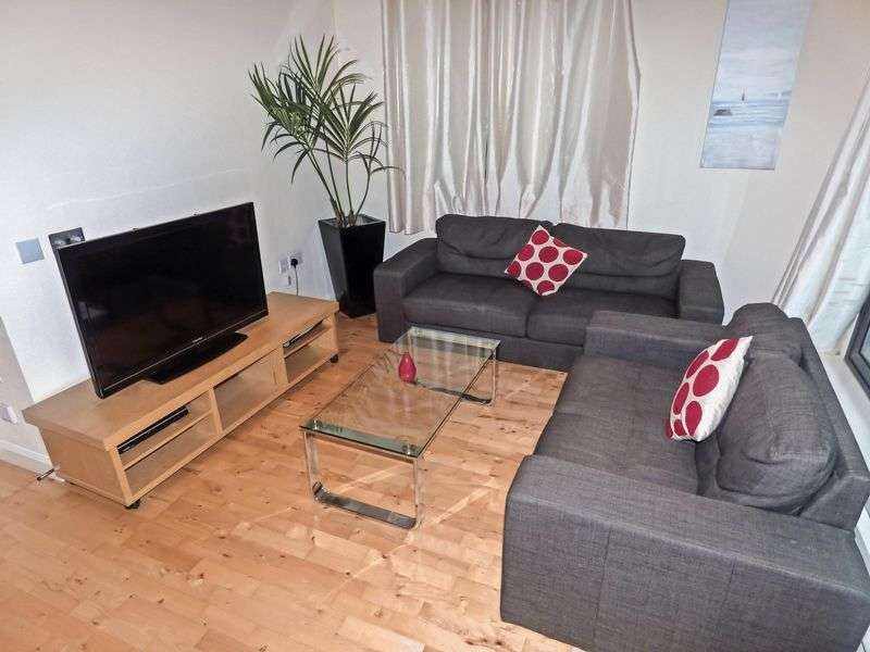 2 Bedrooms Property for sale in South Quay Square, London