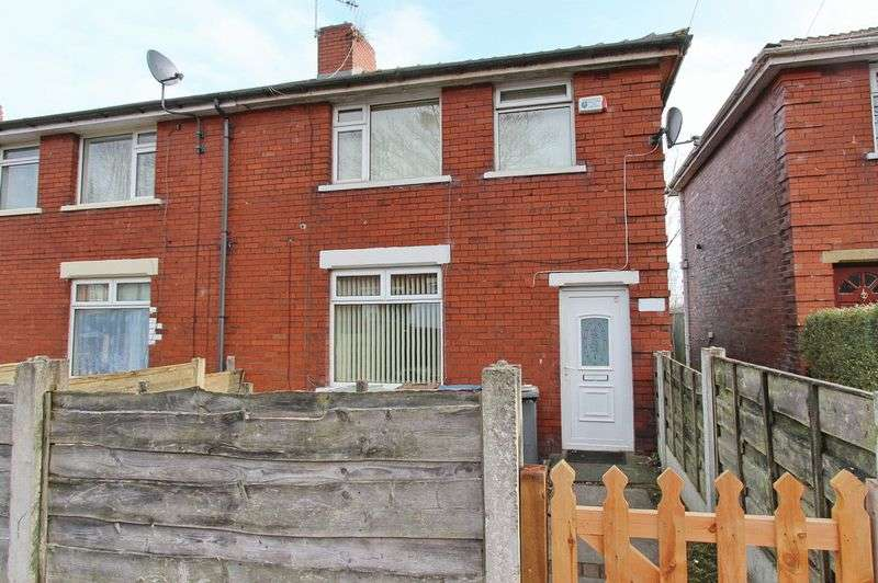 3 Bedrooms Terraced House for sale in Alexandra Avenue, Whitefield, Manchester