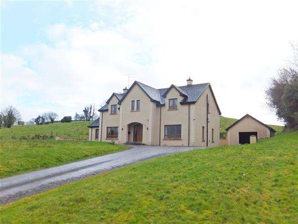 5 Bedrooms Detached House for sale in 52 Coa Chapel Road