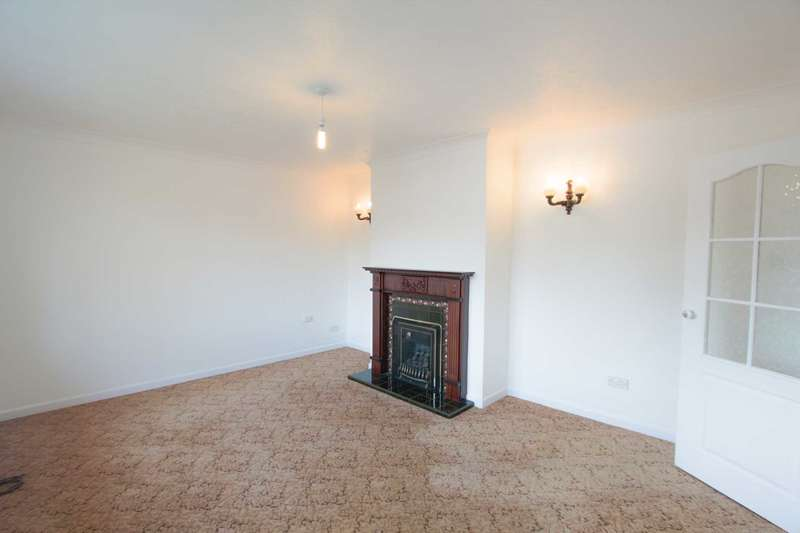 2 Bedrooms Flat for sale in Ringmer Road, Worthing
