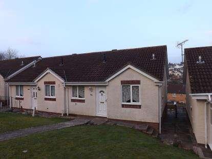 2 Bedrooms Bungalow for sale in Newton Abbot, Devon