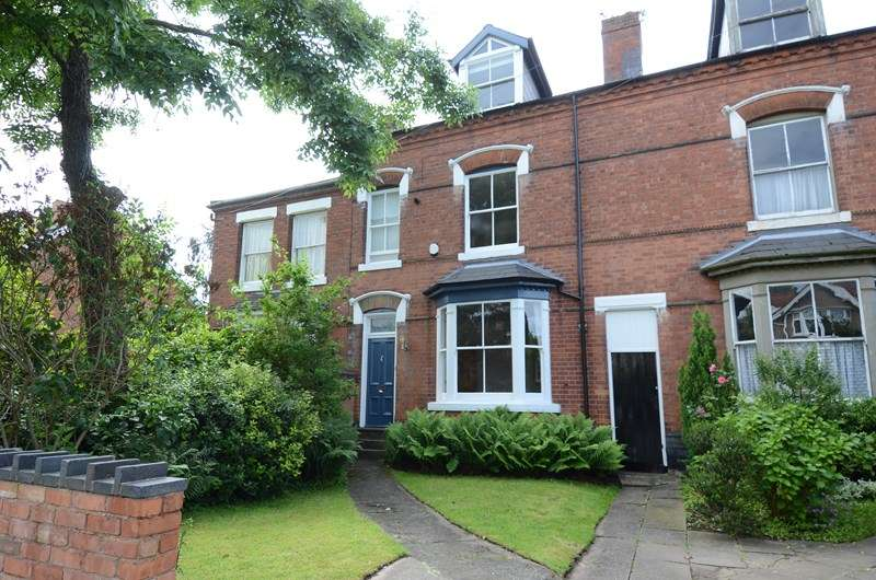 4 Bedrooms Terraced House for sale in Featherstone Road, Kings Heath, Birmingham