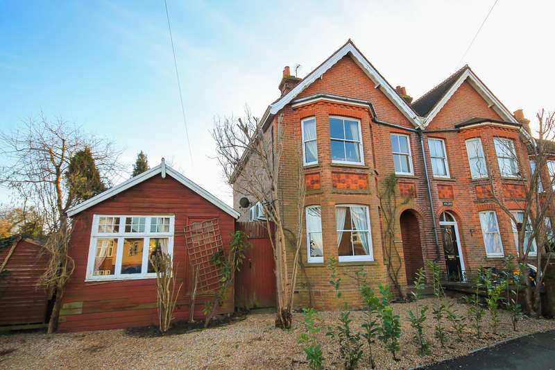 4 Bedrooms Semi Detached House for sale in Cranston Road, East Grinstead